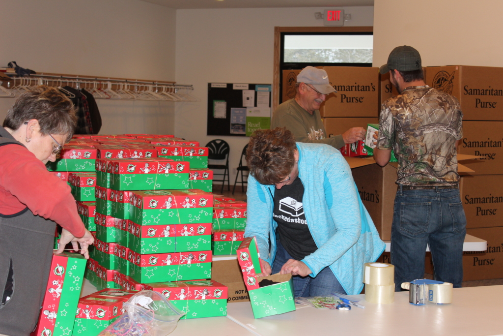Operation Christmas Child - Packing Boxes